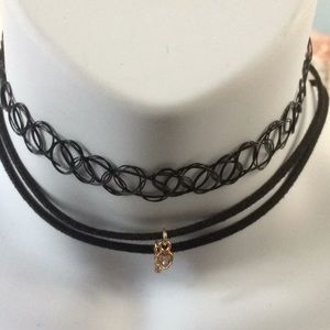 Chokers set